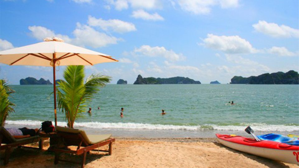 Halong-Catba-island-Tuan-chau-island-3-days-2-nights