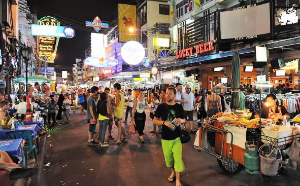 cho-dem-bangkok-khao-san1