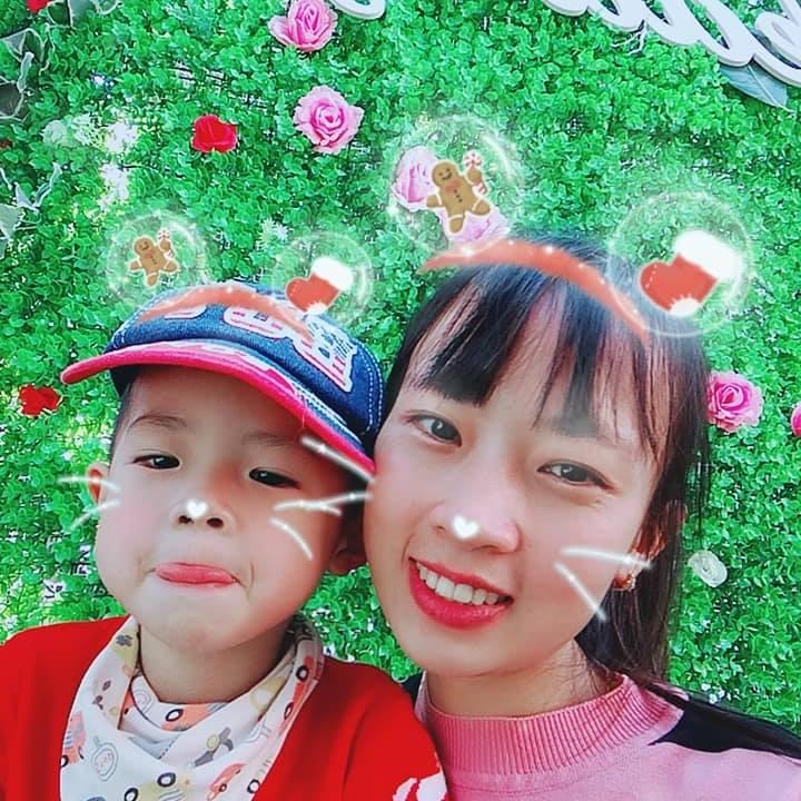 chị Thùy Giang